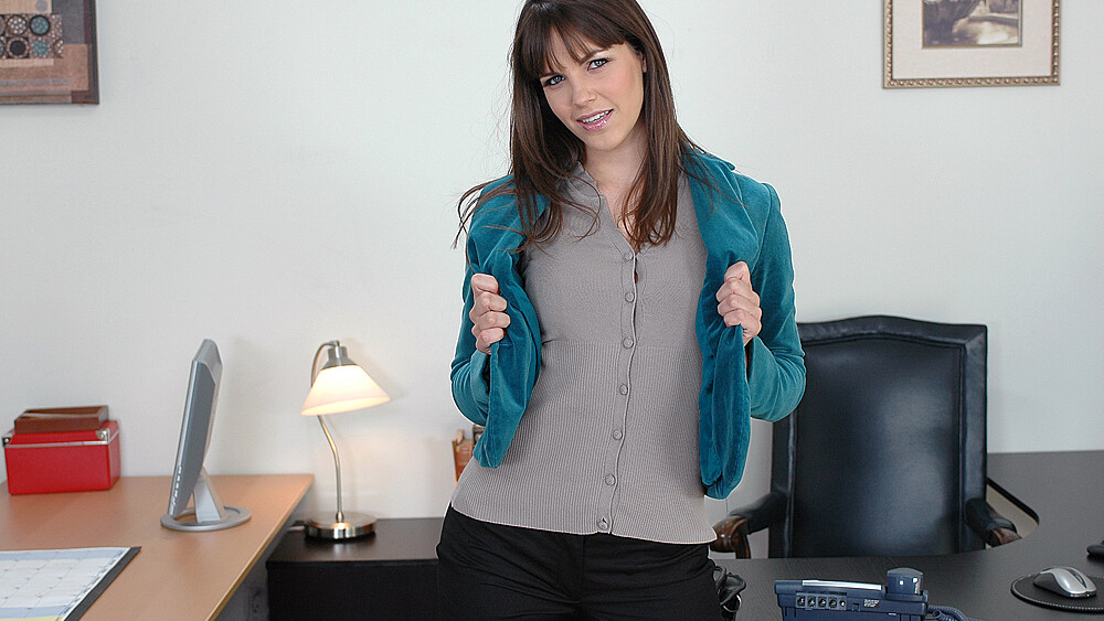 Brunette Bobbi Starr fucking in the desk with her small tits