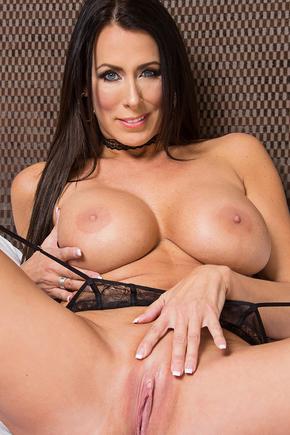 Showing Porn Images For Regan Fox Porn