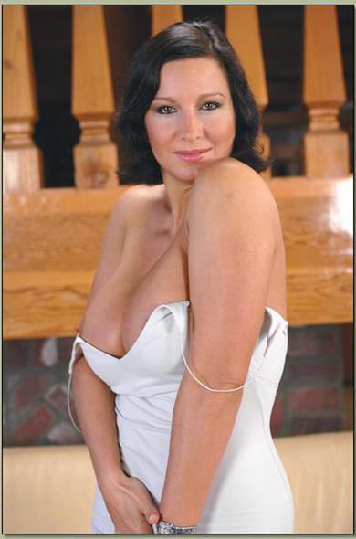 belinda carlisle photo black white