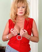 Mrs. Arowyn Porn Videos