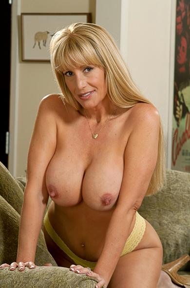 Pornstar Olivia Parrish