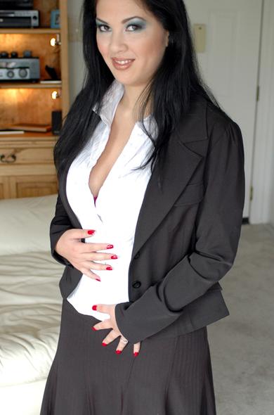 Pornstar Reina Leone - Big Ass videos by Naughty America