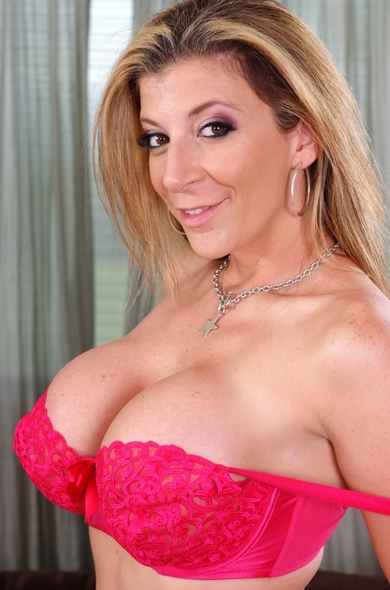 Your favorite pornstar Sara Jay has a Bald, Outie Pussy & Huge Fake Tits