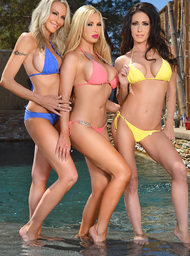Nikki Benz, Emma Starr, Jessica Jaymes & Richie Black in I Have a Wife - Centerfold