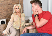 Luna Star & Van Wylde in Latin Adultery