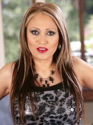 Sasha Sky & Derrick Pierce in Latin Adultery - Centerfold