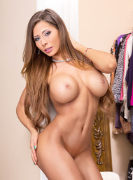 Madison Ivy & Bill Bailey in My Dad's Hot Girlfriend - Centerfold