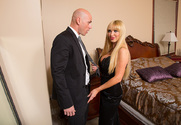 Nikki Benz & Johnny Sins in My Dad's Hot Girlfriend - Sex Position 1