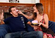 Victoria Lawson & Chris Johnson in My Dad's Hot Girlfriend - Sex Position 1