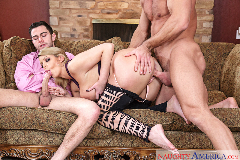 BROOKLYN CHASE, JOHNNY CASTLE & SETH GAMBLE – My Friend's Hot Girl