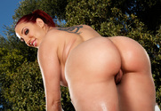 Kelly Divine & Karlo Karrera in My Friend's Hot Girl - Sex Position 1