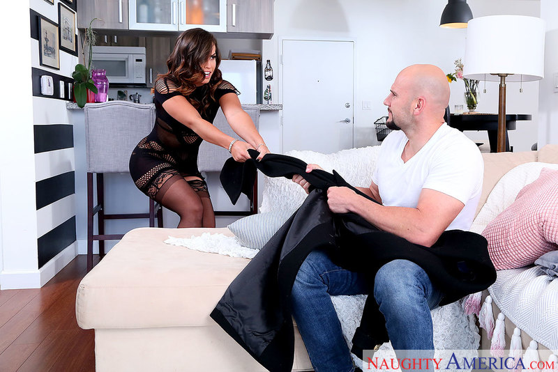 Naughtyamerica – KELSI MONROE & JMAC Site: My Friend's Hot Girl
