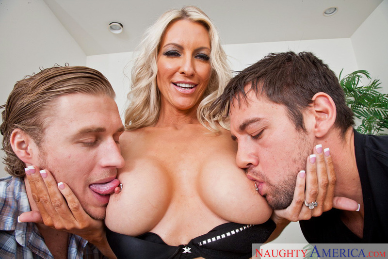 Porn star Emma Starr giving a blowjob