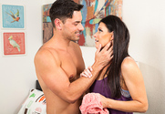 India Summer & Ryan Driller in My Friend's Hot Mom