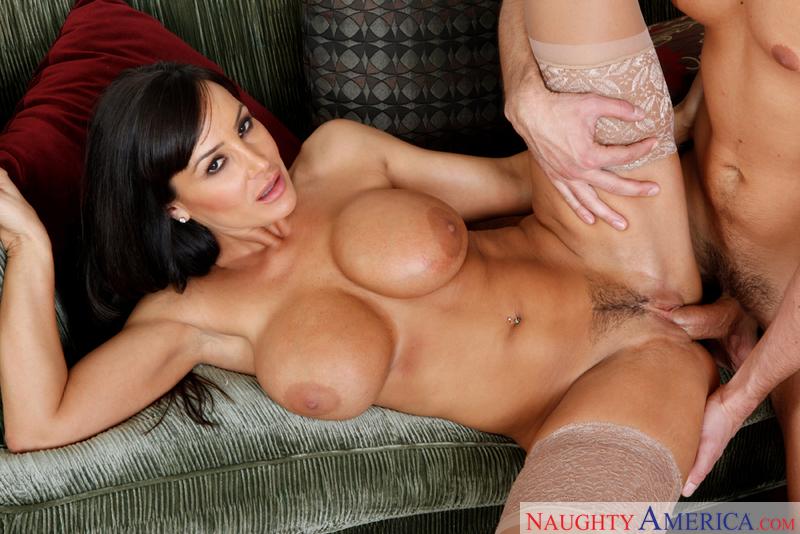 Lisa Ann Fanclub - Busty Pornstar
