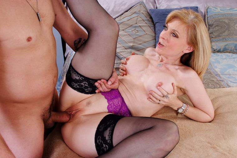 Wilder jenna jameson lesbian black sofa