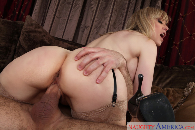 Porn star Nina Hartley giving a blowjob