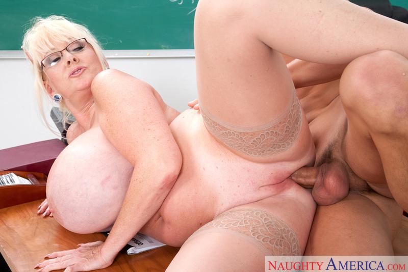 большие груди жопы училок порно фото