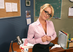 Tyann Mason & Kurt Lockwood in My First Sex Teacher - Centerfold