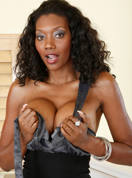 Nyomi Banxxx & John Strong in My Wife's Hot Friend - Centerfold