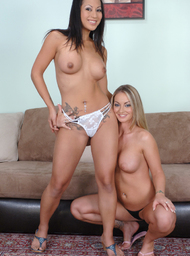 Aline, Gianna Lynn & Alex Sanders in Neighbor Affair - Centerfold