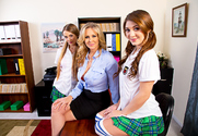 Julia Ann, Samantha Hayes , JoJo Kiss & Chad White in Naughty America - Sex Position 1