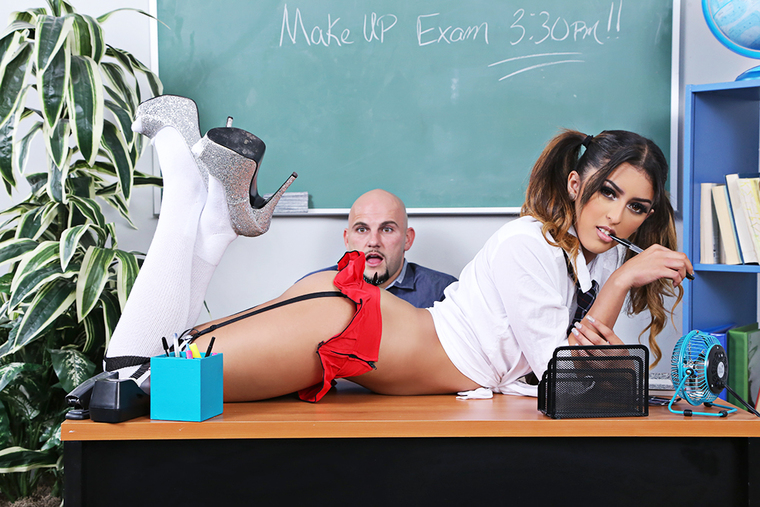 Sophia Leone & JMac in Naughty Bookworms