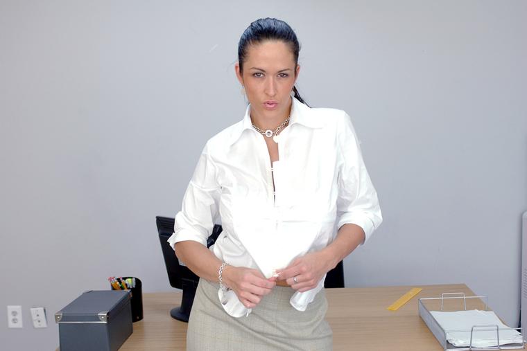Carmella Bing (ANAL)
