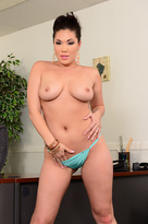 London Keyes starring in Bad Girlporn videos with American and Ass licking