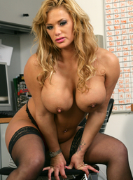 Shyla Stylez & Alan Stafford in Naughty Office - Centerfold