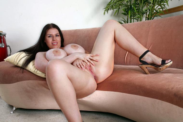Смотреть порно с daphne rosen 26 фотография