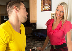 Emma Starr & Johnny Castle in Seduced by a Cougar - Centerfold