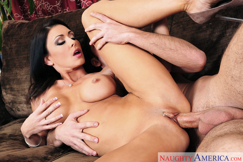 Porn star Jessica Jaymes giving a blowjob