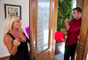 Kristal Summers & Chris Johnson in Seduced by a Cougar - Sex Position 1