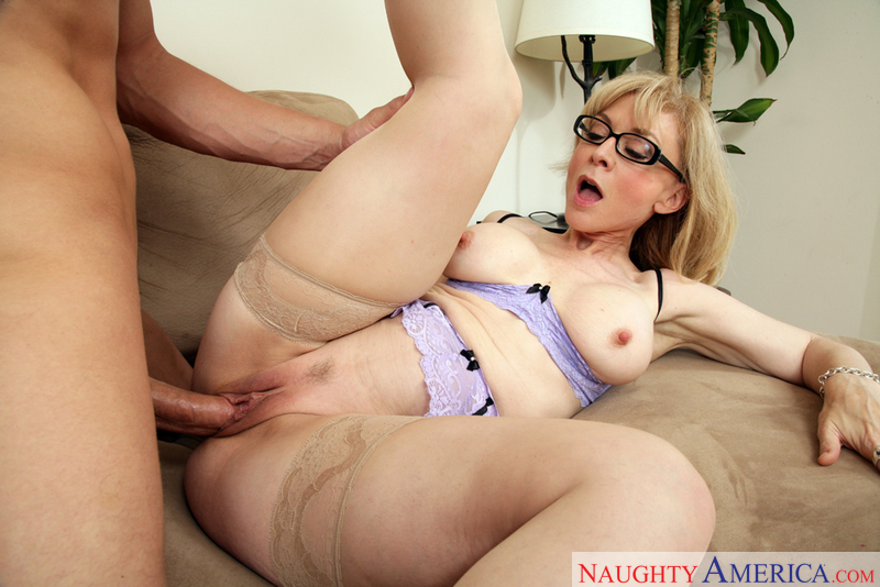порно фото nina hartley