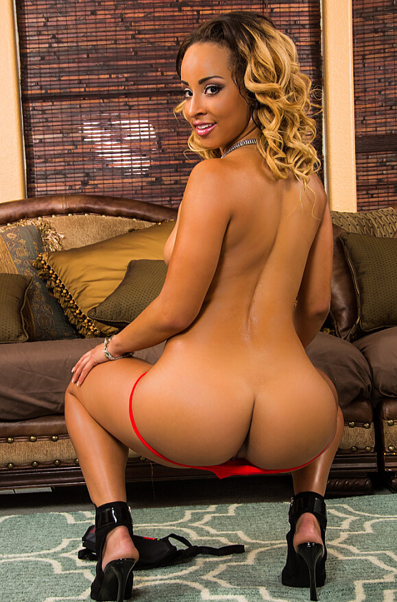 Teanna Trump - xxx pornstar in many Bad Girl & Couch & Trimmed videos