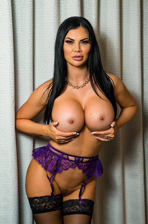 Jasmine Jae - xxx pornstar in many Black Hair & Fake Tits & High Heels videos