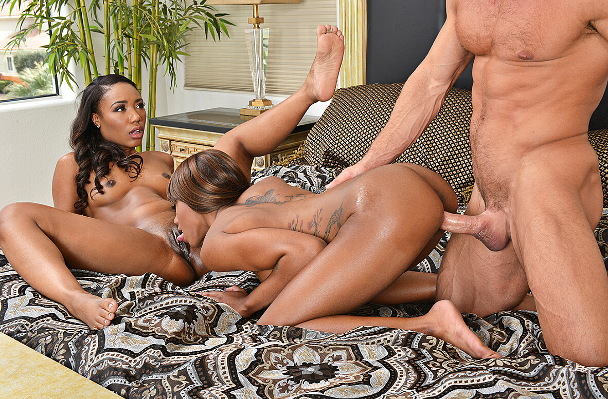 Watch Chanell Heart, Lacey London and Johnny Castle 4K video in 2 Chicks Same Time