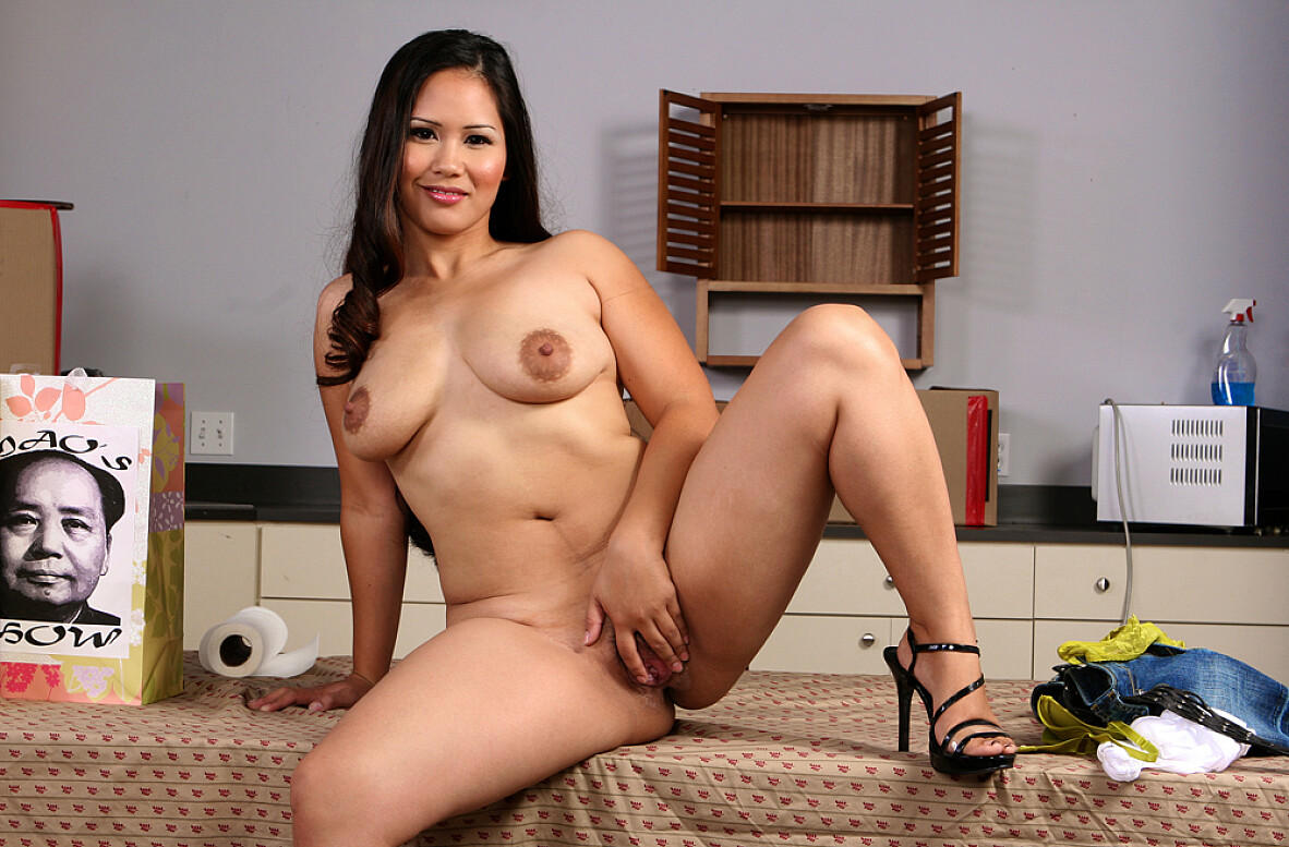 Watch Jessica Bangkok and Jenner video in Asian 1 On 1