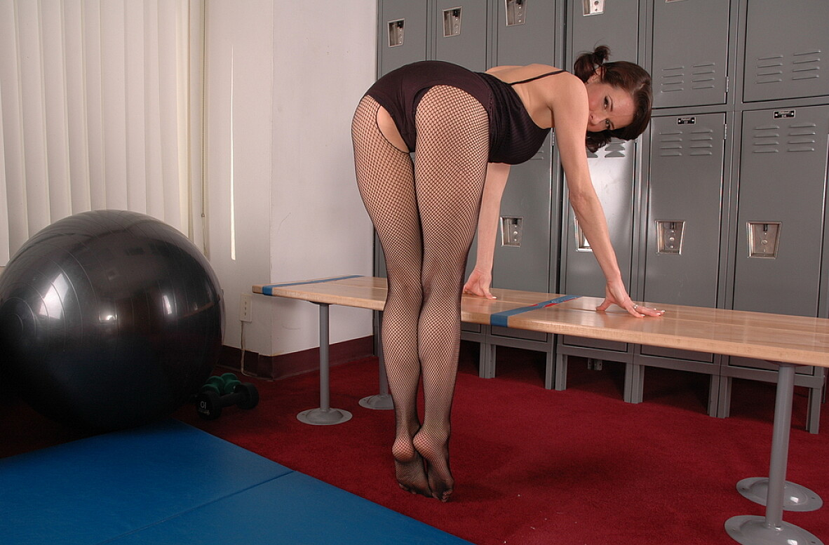 Watch Veronica Avluv video in Live Gym Cam