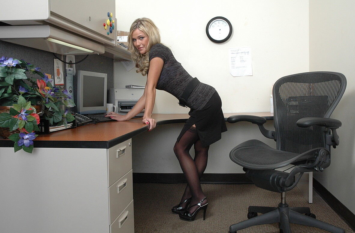 Watch Mckenzee Miles video in Live Naughty Secretary
