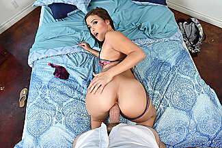 Karter Foxx fucking in the bed with her medium tits vr porn - Sex Position 3