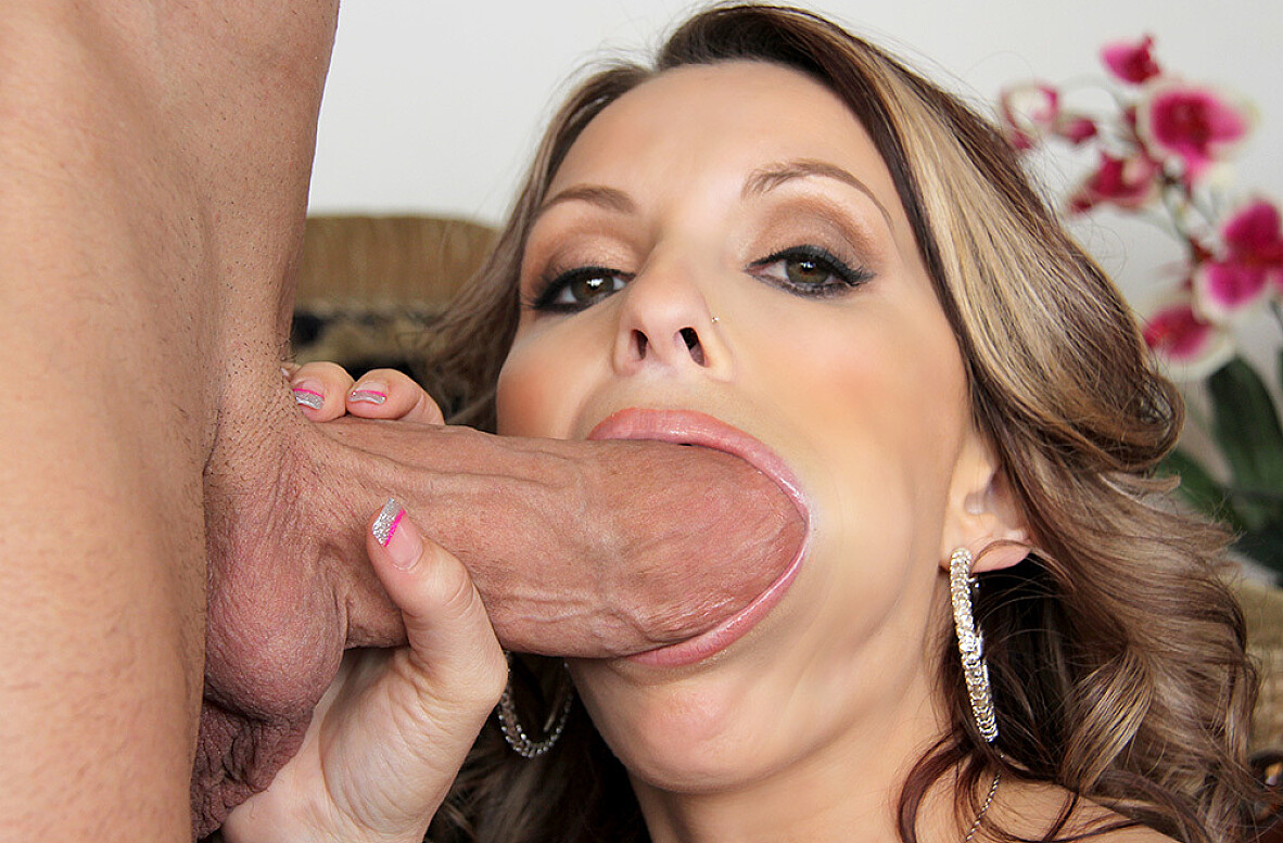 Watch Courtney Cummz and Billy Glide video in My Friend's Hot Girl
