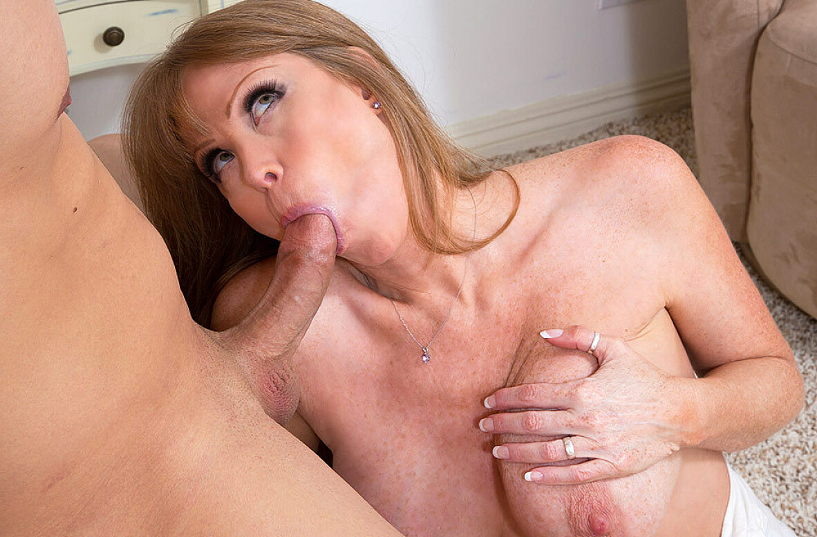 Watch Darla Crane and Giovanni Francesco American video in My Friend's Hot Mom