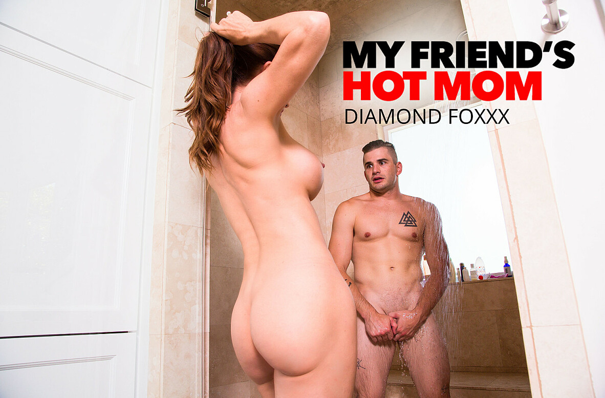 Watch Diamond Foxxx and Nathan Bronson video in My Friend's Hot Mom