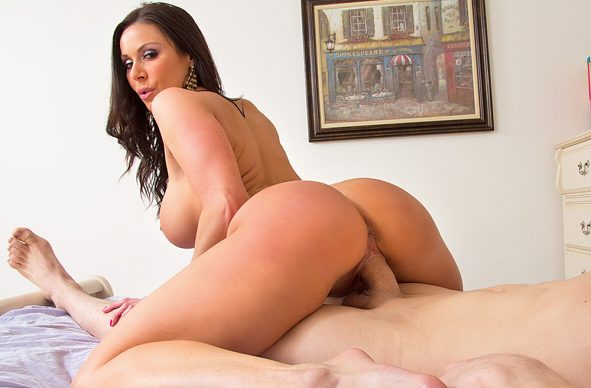Watch Kendra Lust and Bruce Venture 4K video in My Friend's Hot Mom