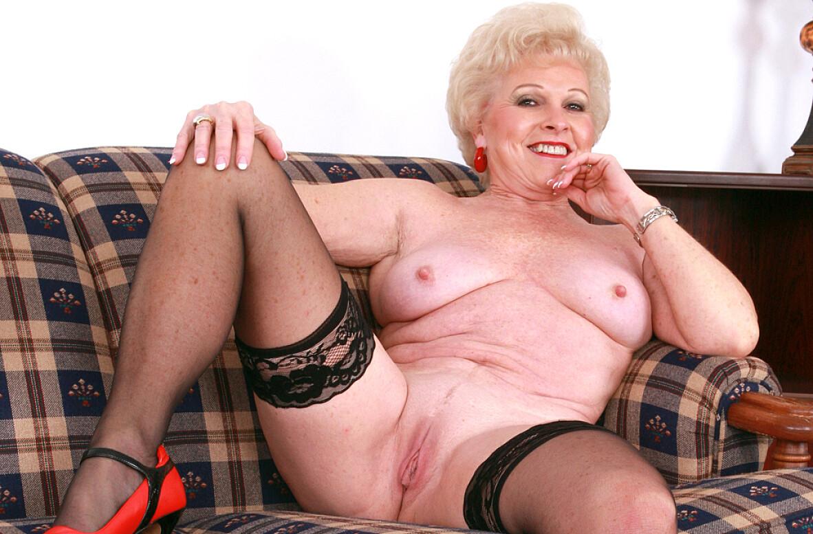 Downloading gta 4 nude stripper