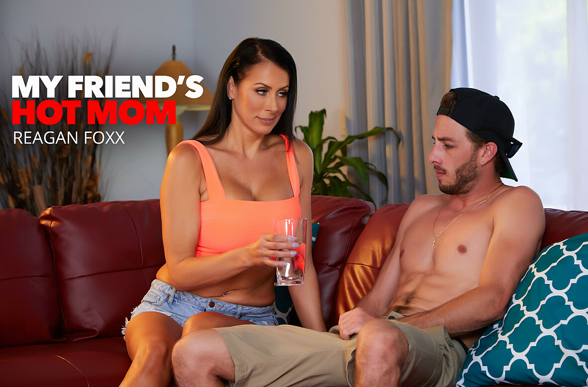 Watch Reagan Foxx and Lucas Frost 4K American video in My Friend's Hot Mom