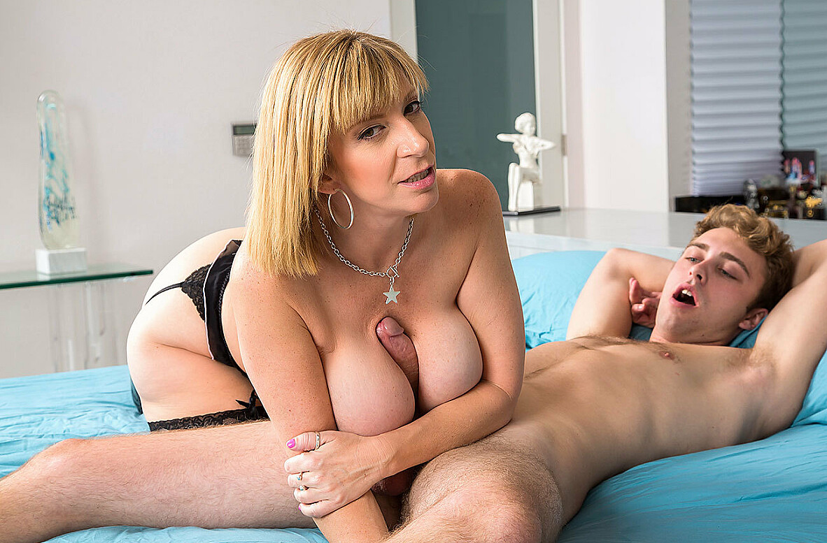 Watch Sara Jay and Dustin Daring 4K video in My Friend's Hot Mom