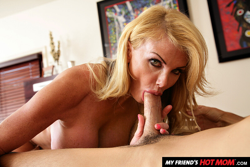 Pornstar taylor wane fucking her son friend